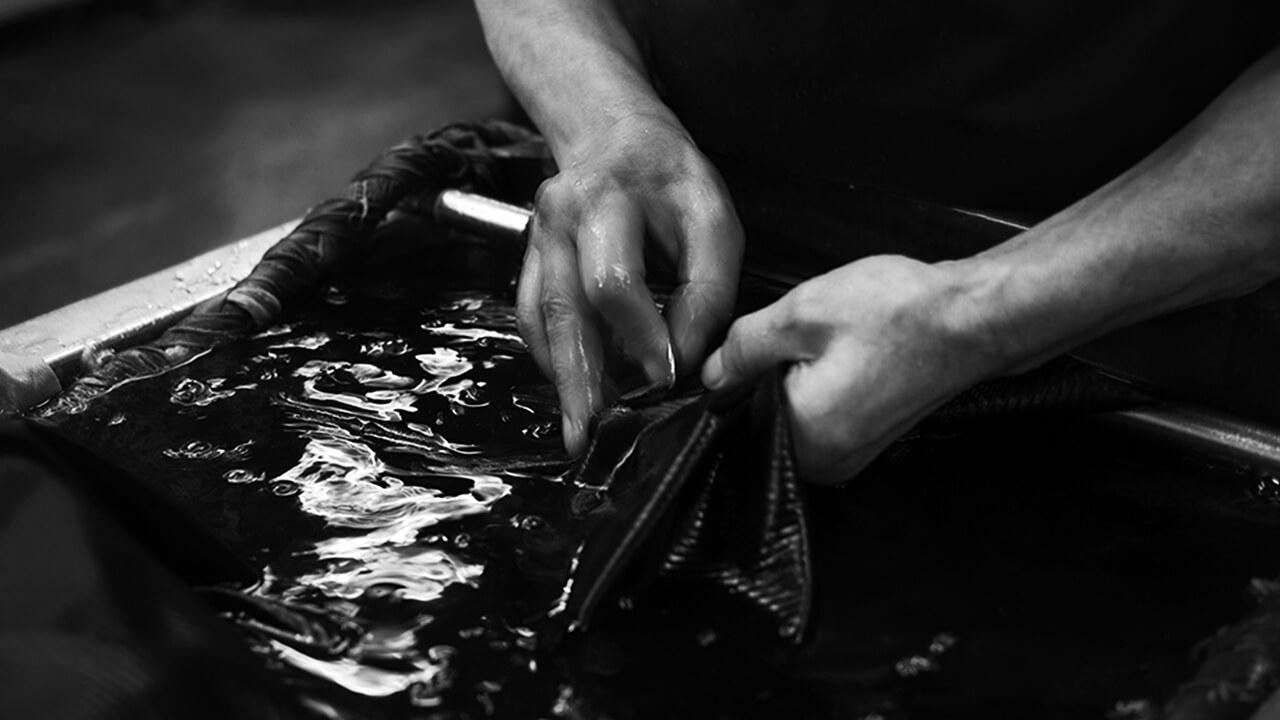 KUROZOME REWEAR FROM KYOTO・ 衣類の「黒染め」染め替えサービスをONLINEで